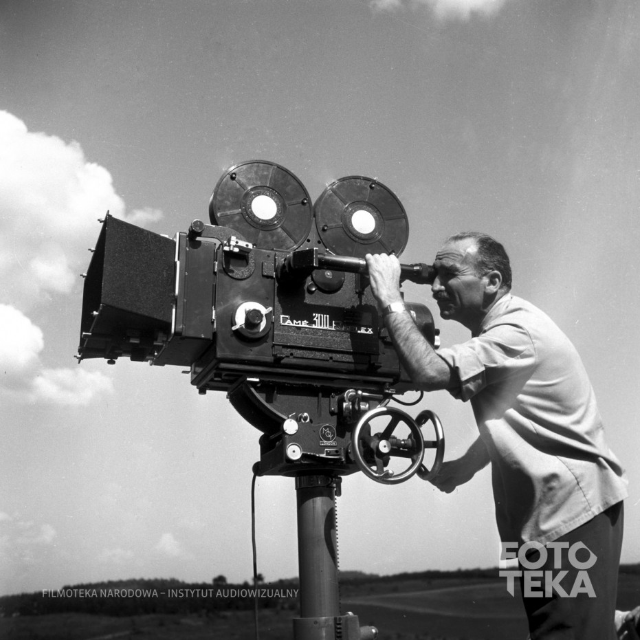 copyright in cinematograph films Copyright act 1968 - sect 98 ownership of copyright in cinematograph films (1) this section has effect subject to parts vii and x.